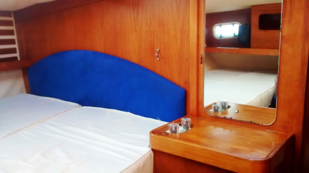 Moody 346 Aft Cabin2